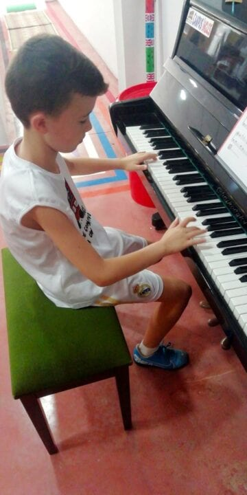 piano classes in Campus Inglés summer camp 2020